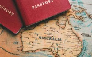 Ngân sách Liên Bang và chính sách nhập cư của Úc.