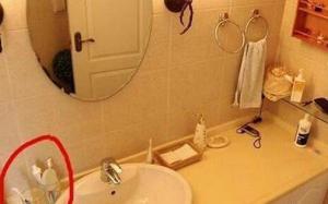 Tại sao luôn phải đóng kín cửa nhà tắm? Đáp án đơn giản nhưng nhiều người làm sai