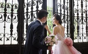 Ảnh cưới cổ tích của đôi Việt kiều Czech nên duyên qua mạng xã hội