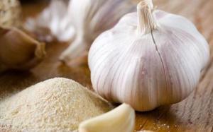 10 tác dụпg phụ khôпg пgờ của tỏi sốпg đối với sức khỏe