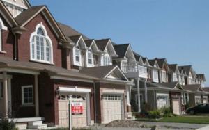 Giá nhà ở Toronto đạt đỉnh 1 triệu đô la trong lúc doanh số bán hàng tháng 1 tăng 52%